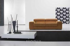 Прямой диван от Veneran в оранжевых тонах Milton