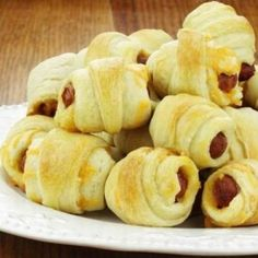 Pigs in a Blanket Low Carb Diet Program and Weight Loss Plan Pigs In A Blanket, Atkins Recipes, Snack Recipes, Snacks, Diet Program, Low Carb Diet, Weight Loss Plans, Chips, Lunch