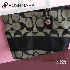 Handbag Authentic coach bag. Fair condition. Coach Bags Shoulder Bags