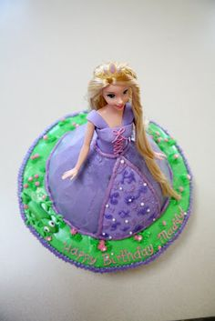 Tangled/Rapunzel cake!