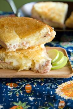 Recipe: Giant Skillet Grilled Cheese with Ham and Apple