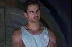 'Divergent: Allegiant' Shailene Woodley's Co-Star Theo James' Upcoming Movies Detail