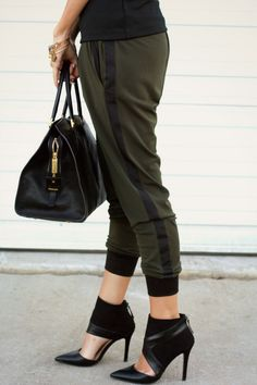 Styled Avenue. Like the look.  Have similar pants.