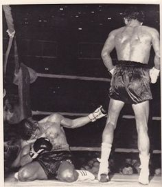 """1970, Rome: Monzon Devastates Benvenuti  Carlos Monzon wins the World Middleweight title after knocking out Nino Benvenuti in the 12th round.  """"When I gazed at him I was thinking, tonight I'm going to kill you."""" -Carlos Monzon"""