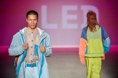 """""""Arretada"""" foi o nome dado pelo estilista e designer Célio Dias para o novo trabalho, que tece uma crítica ao modelo hegemônico da masculinidade"""