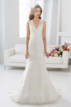 >> Click to Buy << Free Shipping Western Country Bridal Gown Trumpet V-Neck Tiered Sweep Train Lace Wedding Dress With Keyhole Back WX11634 #Affiliate