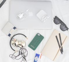 How to: Survive holiday travel — The Decorista