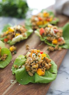 Tempeh Mango Lettuce Wraps with oil free sauce Delicious Knowledge High Protein Vegan Recipes, Raw Food Recipes, Appetizer Recipes, Vegetarian Recipes, Healthy Recipes, Vegan Foods, Vegan Meals, Delicious Recipes, Lettuce Wrap Recipes