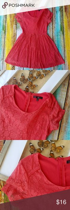HeartSoul Coral Lace Pleated Flare Mini Dress L A lovely shade of coral Floral lace with a good amount of stretch to it Accordion style pleading on the skirt Mini length skirt Back zipper Made by Heart Soul, size large In good condition HeartSoul Dresses Mini