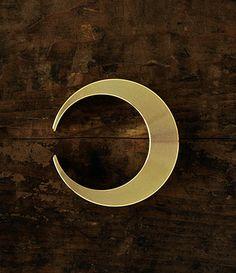 Crescent moon - Bottle 0pener Design by Masanori Oji  Made in Japan $24.32