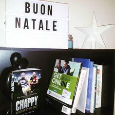 #buonnatale #merrychristmas #christmas #chappy #believeitornot #paulchapman #bookshelf #bookstagram #bookworm #instabook #bibliophile #booklove