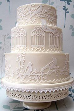 Gorgeous Wedding Cake by Rosalind Miller the birdcage design perfectly goes with our Whimsical vintage birdcage invitation!