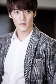 Choi Jin-hyuk to play young Lee Soon-jae » Dramabeans » Deconstructing korean dramas and kpop culture