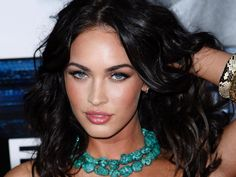 Some people might think this is overrated, but it just might be Megan fox is Supergirl for beauty and fashion world. Description from brasseriealize.blogspot.com. I searched for this on bing.com/images