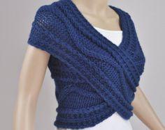 Pull croisé tricotés à la main / gilet / Capelet / cou dans le bleu océan - Super Slim