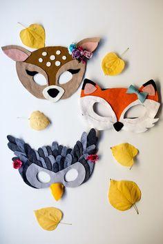 Modification Monday: No Sew Felt Masks | knittedbliss.com