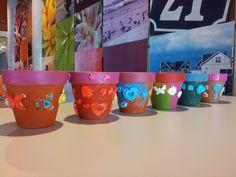 Workshop / kinderfeestje bloempotten versieren Girl Birthday, Birthday Parties, James Ward, Diy For Kids, Party Time, Planter Pots, Crafts For Kids, Birthdays, Tableware