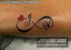 Tatuaje De Infinito Con Iniciales Buscar Con Google Tatuajes