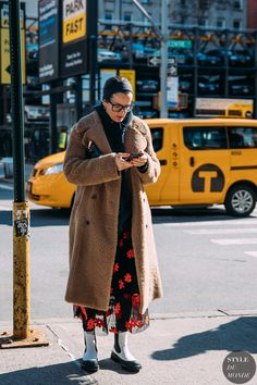 Lucy Chadwick by STYLEDUMONDE Street Style Fashion Photography NY FW18 20180208_48A0715