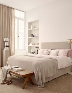 36 bedroom interior design make you feel comfy 20 Pink And Beige Bedroom, Pink Bedroom Decor, Elegant Home Decor, Elegant Homes, Unique Home Decor, Bedroom Carpet, Home Bedroom, Beautiful Bedrooms For Couples, Hm Home