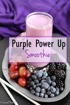 Purple Power Up Smoothie - A delicious blend of red cabbage, berries and grapes. This healthy smoothie is full of healthy fruits and vegetables to get the day started the right way! #smoothieshealthyvegetable