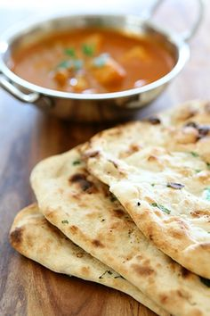 Naan, Dumplings, Food And Drink, Pizza, Bread, Ethnic Recipes, Asia, Brot, Baking