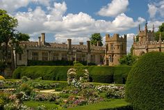 Sudeley Castle was once home to Queen Katherine Parr, following her marriage to Sir Thomas Seymour, and Lady Jane Grey. Henry VIII, Anne Boleyn and Queen Elizabeth I all visited Sudeley