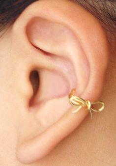 Fancy - Gold Bow Ear Cuff
