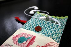iPhone Travel Pouch from Scraps