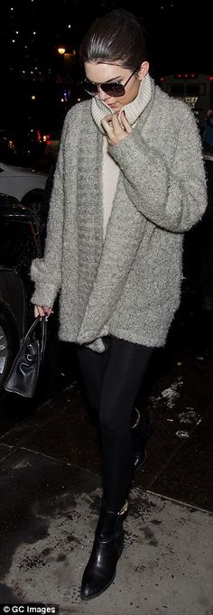 Kendall Jenner's most recent outfit <3