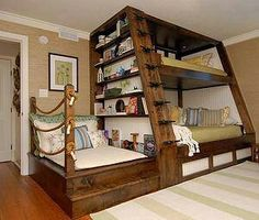 This is great!  I absolutely love this bunkbed set-up!  Find pinned to our kids bedrooms board on pinterest! http://www.pinterest.com/pargasjunkyard — with Georgia Marlene Reese and 2 others.