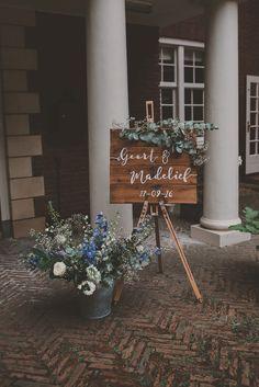 Een blauwe bruiloft in het bos - Girls of honour - blog over trouwen