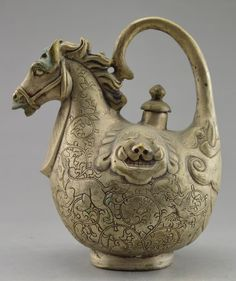 Collectible Decorated Old Handwork Tibet Silver Carved Horse Dragon Tea Pot