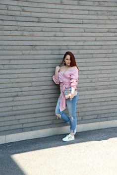 Flirting with pinks and flowers – the perfect Spring fling! Blouse : Zara (also loving this one or this one) Cool Patches, One Bag, Day For Night, Spring Looks, White Sneakers, Ripped Jeans, Off Shoulder Blouse, Chloe, Zara
