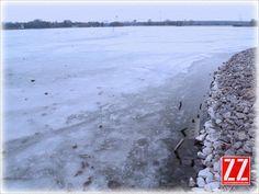 Zalew Zemborzycki skuty lodem