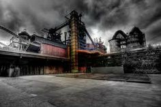 Manufacturing: A different type of industrial cloud Urban Industrial, Vintage Industrial, Halle, Color Photography, Nature Photography, Abandoned Factory, Old Factory, Industrial Photography, Black And White Pictures