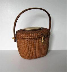 SALE Vintage Farnum Nantucket basket purse  by jewelryandthings2