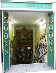 Russell bookshop, Victoria, BC I miss this bookshop so much. I spent hours there during my time at the University of Victoria <3