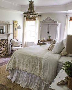 Home decor advice for shabby chic на доске shabby chic decor bedroom decor Rustic Master Bedroom, Bedroom Vintage, Cozy Bedroom, Bedroom Decor, Bedroom Ideas, Parisian Bedroom, Bedroom Romantic, Master Bedrooms, Ikea