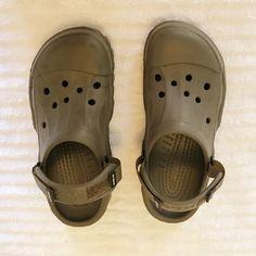 b2f719caff31 Crocs men s shoes Size 10 brown men s crocs worn 5x CROCS Shoes Sandals  Crocs Shoes For
