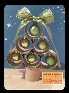 Arbol de navidad con rollos de papel higienico navidad - Adornos navidenos con rollos de papel higienico ...