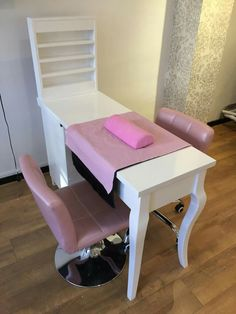 home nail salon decorating ideas | nail station decor | nail room idea | nail technician room