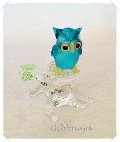 Mão de animal fundida de vidro azul da coruja e madeiramento, Art estatueta em miniatura coleção / Presente