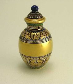 19th c. 18K Gold French Scent Bottle w/Enamel, Lot Number: 0027, Starting Bid: $1,700, Auctioneer: Perfume Bottles Auction, Auction: Perfume Bottles Auction, Date: May 2nd, 2009 CEST