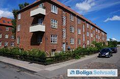 Bramslykkevej 12, 1. th., 2500 Valby - Fantastisk to værelses i Valby, delevenlig og med altan. #ejerlejlighed #ejerbolig #valby #kbh #københavn #selvsalg #boligsalg #boligdk