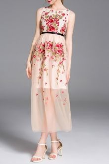 Embroidery Round Neck High Waisted Dress
