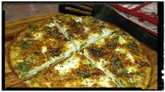 Simply Delicious Frittata www.ycccookinsogood.blogspot.com by:Awaken your Inner Gourmet Goddess... Vegetarian Meals, Frittata, Lasagna, Tapas, Brunch, Pizza, Breakfast, Ethnic Recipes, Easy