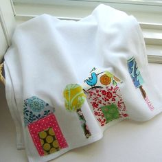 Flour Sack  Dish Towel, Kitchen Towel, Tea Towel, Dish Cloth, Appliqued Towel, House towel, Bird towel - No. 15