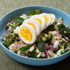 Recipe: Roasted Broccoli & Fregola Sarda Salad with Hard-Boiled Eggs & Tahini Dressing - Blue Apron Boiled Egg Diet, Boiled Eggs, How To Cook Eggs, How To Cook Pasta, Warm Pasta Salad, Tahini Dressing, Healthy Living Magazine, Sliced Almonds, Hard Boiled