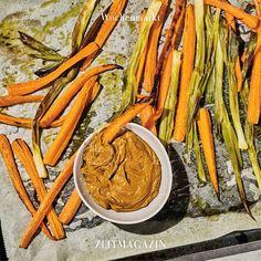 zeitmagazinIm aktuellen @zeitmagazin_wochenmarkt gibt es Karotten aus dem Ofen mit Erdnuss-Soße. 📸